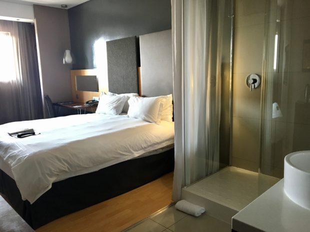 Nosso quarto no Protea Hotel O.R. Tambo